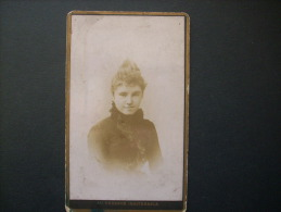 CDV PHOTO Romain Rive De Gier -  Portrait  Femme élégante  L146 - Old (before 1900)