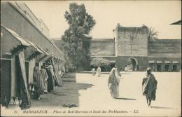 MAROC  MARRAKECH / Place De Bab-Berrima Et Souk Des Ferblantiers / - Marrakech