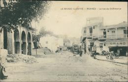 MAROC  MEKNES / La Rue Du Commerce / - Meknès