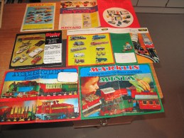 5 Dépliants-brochures -PUBLICITES JOUETS MECCANO - DINKY TOYS -TRIX EXPRESS- MARKLIN - Publicidad