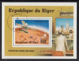 Niger Used Scott #C286 Souvenir Sheet 400fr Viking Orbiter In Flight - Viking Mission To Mars - Niger (1960-...)