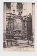 83 - Saint-Maximin-la -Sainte-Baume - Basilique - Chapelle Enfant Jésus - Crêche En Bois Doré - Toile Par Serre - Tableaux, Vitraux Et Statues