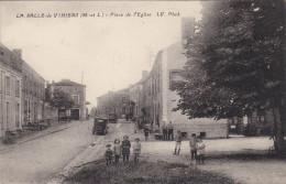 LA SALLE De VIHIERS : Place De L´Eglise Animée - - France