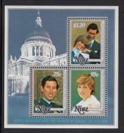 Niue MNH Scott #342a Souvenir Sheet Of 3 Different Prince Charles And Lady Diana - Royal Wedding - Niue