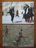 All The World Play Soccer / Football Lot De Cartes Postales - Pubblicitari
