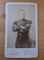 Photo XIX ème Militaire Officier En Tenue D'apparat Cartonnée Solleliand à Montpellier Format 6 X 10 Cm A VOIR - Guerre, Militaire