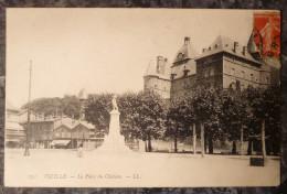 VIZILLE (38).LA PLACE DU CHATEAU.CIRCULE 1908.TBE. - Vizille