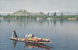 Dal Lake, Canoe Full Of Flowers, SRINAGAR, India, 40-60's - India