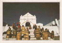 GUATEMALA.  Chichicastenango. Le Marché Du Bois.  -  Chichicasrenango. El Mercado De Maidera. - Guatemala