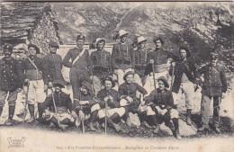 Chasseurs Alpins Et Bersagliers Italiens - Soldats Italie - écrite Verso - Troupes De Montagne - Manoeuvres