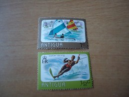 Antigua: 2 Werte Wasersport - Antigua Und Barbuda (1981-...)