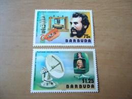 Barbuda: 2 Werte 100 Jahre Telefon (1977) - Briefmarken