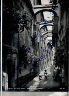 CP Italie - Riviera Dei Fiori - Noli - Una Via Caratteristica - Imperia