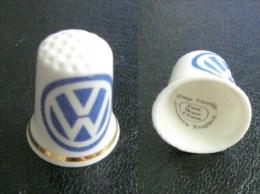 Dé à Coudre  -  VW  - Car , Auto , Voiture ,  Thimble - Fingerhut - Bone China - No Pin`s - Volkswagen