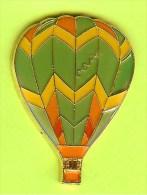 Pin Montgolfière Vert Jaune Orange. - 2E05 - Luchtballons