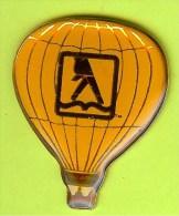 Pin's Montgolfière ' Faites Marcher Vos Doigts' Pages Jaunes (Modèle B) - 2E26 - Luchtballons