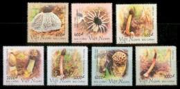 VIETNAM 2001 - Mushrooms - Mi 3150-6, Sc 3050-6, YT 1978-84 - Vietnam