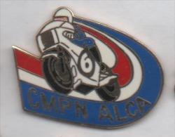 Superbe Pin´s En EGF , Police Nationale , CMPN ALCA , Moto , Motocycliste - Police