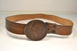 Ancienne Ceinture / Ceinturon Avec Boucle En Forme De Tête D'indien, Idéal Déco Farwest Western US WW1 WW2 - Equipment