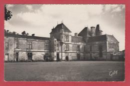 COULONGES SUR L'AUTIZE --> L'Hôtel De Ville - Coulonges-sur-l'Autize