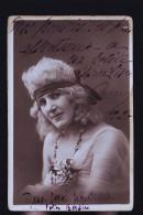 LES FOLIES BERGERES DANSEUSE 1920 CP PHOTO - Cabarets