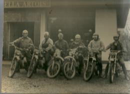 Moto Ball  Beloeil     6 Joueurs Sur Leurs Motos - Non Classés