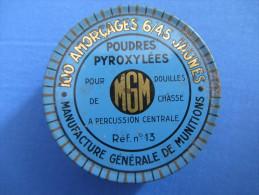 Rare : Boîte En Métal De 100 Amorçages 6/45 Pour Douilles De Chasse à Percussion Centrale - Réf. N° 13 - MGM - Equipement