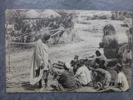 SENEGAL Pêcheur Lébou Vendant Son Poisson, TB CP Fortier Vers 1904,  ; Ref875 - Senegal