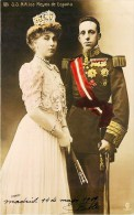SS..MM. LOS REYES DE ESPANA REINE EL REY DE ESPANA FAMILIA REAL FAMILLE ROYALE ESPAGNE - Familias Reales