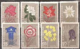Romania 1957 Nuovo** - Mi.1647/54  Yv.1517/24 - 1948-.... Repubbliche