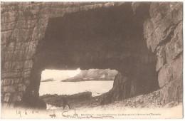 Dépt 29 - CROZON - MORGAT - Cap De La Chèvre - La Percée De La Grotte Des Tunnels - Crozon