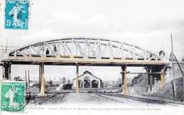 AVRANCHES - Chemin De Fer De La Manche - Pont En Ciment Sur La Ligne De L'Ouest - Très Beau Plan Animé - Avranches
