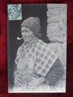 AL5 - 29 - PLOUERDEN - FEMME FUMANT LA PIPE - France