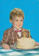 Boy With Birthday Cake,  Garçon Avec Un Gâteau D´anniversaire, Vintage Old Photo Postcard - Enfants