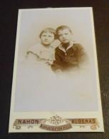 Portrait D´un Petit Garçon Et D´une Petite Fille. Photographie De Henri Naon à Aubenas. Vers 1890. - Anciennes (Av. 1900)