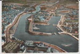 Calvados :  DEAUVILLE - TROUVILLE : Vue   Le  Port  Des   Yachts - Trouville