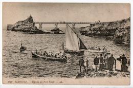 64 - BIARRITZ . RÉGATES AU PORT VIEUX - Réf. N°126 - - Biarritz
