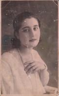 Vintage Woman Real Photo, Cabinet Barabas Tatár Vilma, Ludus, Vintage Fashion, Woman With Pearls, Femme 39 - Vrouwen