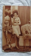 PHOTO FEMME EN DESHABILLE AMBIANCE  ANNEES FOLLES - Reproductions