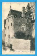 CP, 50, MONT SAINT MICHEL, Maison De Du Guesclin, Vierge - Le Mont Saint Michel