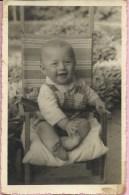 Photography - Little Boy On A Chair, 1955., Yugoslavia (9 X 14 Cm) - Photos