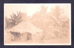 RP MUD HUT ETHNIC LOCAL UNIDENTIFIED AFRICA POSTCARD UNKNOWN LOCATION Who Knows ? Kenya Uganda ? British East Africa BEA - Postcards