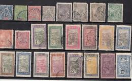 Madagascar    24 Timbres Différents Avant 1940 - Madagascar (1889-1960)