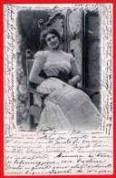 [DC6337] BELLA CARTOLINA - STUDI ARTISTICI - PRIMI NOVECENTO - Viaggiata 1902 - Old Postcard - Femmes