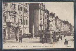 - CPA 83 - Toulon, Carré Du Port - Le Génie Militaire Et La Mairie - Toulon