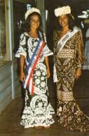 TAHITI MLLE MAIRE TEHEI MISS TAHITI 1970 ET MLLE MARIE-CLAUDE CHAVEZ MISS TIURAI 1970 - Polynésie Française