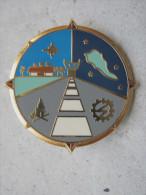 ANCIEN INSIGNE ARMEE DE L�AIR (NUMEROTE) DES SERVICES TECHNIQUES DE LA BASE AERIENNE DE HAO 1997 TAHITI FIA LYON