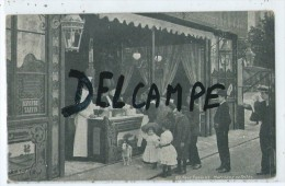 CPA -Fête Foraine - Marchand De Frites- - Mercanti