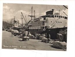 $3-3641 TOSCANA MARINA DI CARRARA PORTO NAVI CARTOLINA 1956 Viaggiata. - Carrara