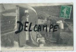 """CPA - Habitation De Pêcheurs En Bateau Renversé """"Bonjour Voisine"""" - Pêche"""